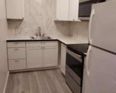 120 S Cascade St #D, Kennewick, WA 99336 2 Bedroom Apartment