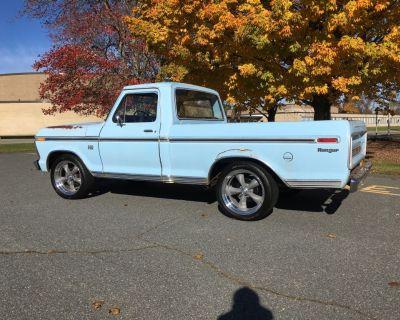 1974 Ford F100 Ranger Truck