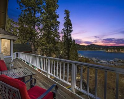 Papoose Shores: Lake Views! Boat Dock! Foosball! Multiple Decks! Wood Floors! Cable TV! - Boulder Bay