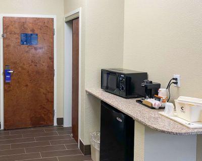Comfort Suites Jefferson City - Jefferson City