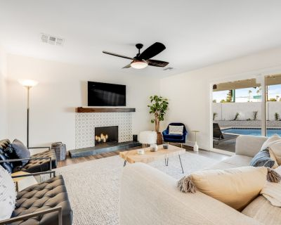 Stylish, Modern Gem w/ Private Pool, Gorgeous Kitchen, Fast WiFi, Great Location - Covey