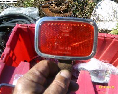 Rear Bumper Mount Red Relectors