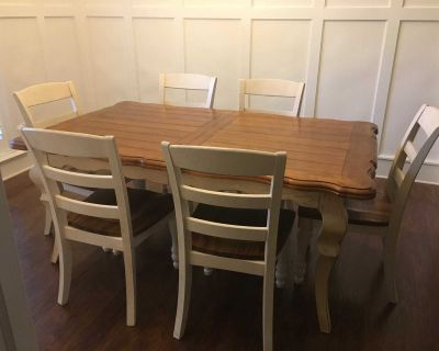 Six Chairs and Table Dinning Room Set used ( moving sale)