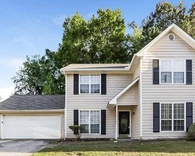 2256 Hampton Dr, Decatur, GA 30035