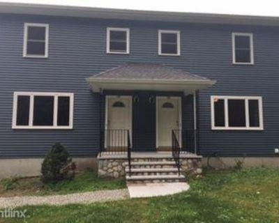 Pine St, Dedham, MA 02026 2 Bedroom House