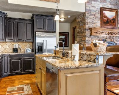 Relaxing Retreat at Jordanelle Reservoir, Minutes from Lakeside Activities! 1273 - Heber City
