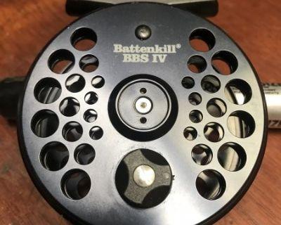 FS/FT Orvis Battenkill IV Fly Reel like new