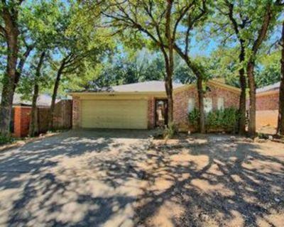 1211 Cardinal Oaks Dr, Mansfield, TX 76063 3 Bedroom House