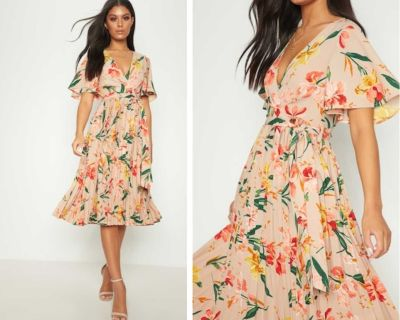 Pretty Little Thing Pink Floral Pleated Midi Dress