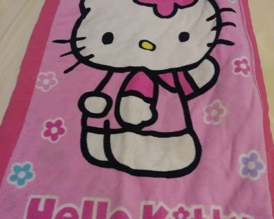 Hello kitty ready bed cover