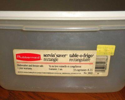 80's Vintage #8 Rubbermaid Servin' Saver Storage Container Rectangular