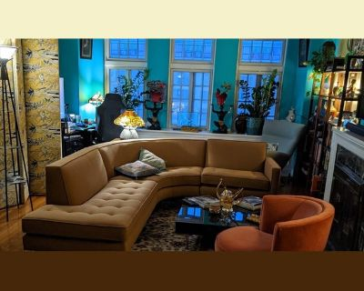 Room for rent in West Aldine Avenue, Lake View East - Available Summer 2021Furnished Room including Utilities, East Lakeview great for Student, Intern o