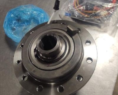Eaton GM/Chevy Electronic Locking Front Differential 9.25 ring gear. Fits '10 and