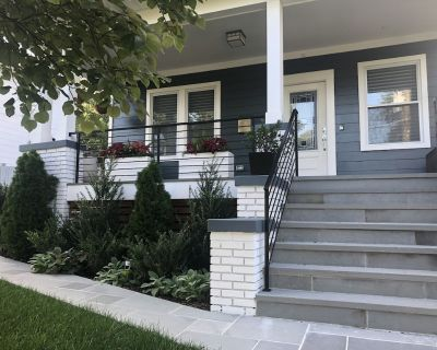 Private One Bedroom Suite w/ Living Space & Laundry - Northeast