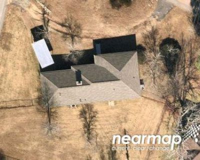 2.0 Bath Preforeclosure Property in Aiken, SC 29803 - Vanderbilt Dr