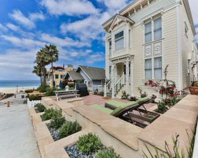 Escape to the Beach! Sun, Surf and Garage parking. Ocean views and sunsets! - Sand Section