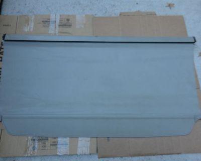 01 02 03 Infiniti Qx4 Suv Retractable Cargo Cover Oem Tan