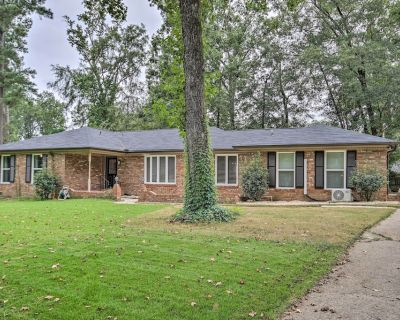 Quiet Home w/ Billiards Table ~ 3 Miles to Dtwn - Augusta
