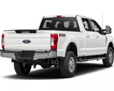 Pre-Owned 2019 Ford Super Duty F-250 SRW XLT 4WD Crew Cab Pickup