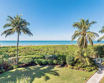 Seas the Day Captiva Island Gulf Front Vacation Rental Home - Gulf Shores
