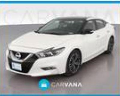 2017 Nissan Maxima White, 11K miles