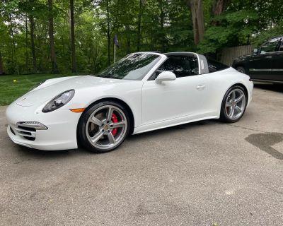 2016 Porsche Targa