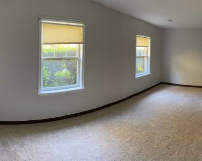 Private room with own bathroom - Dunn Loring , VA 22027