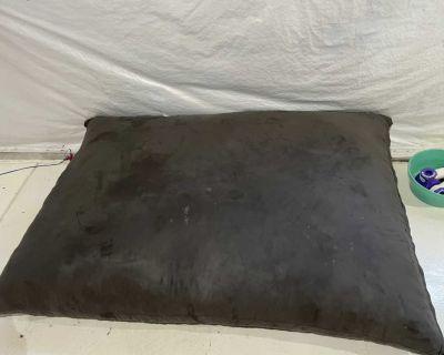 Large lounge pillow