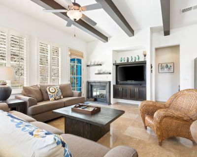 3BR Spanish Townhome Resort Style Living and Views - La Quinta