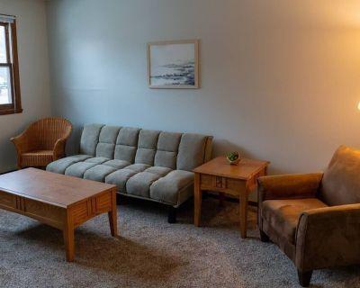 2 Bedroom Apartment near NDSU (APT 1) - Roosevelt