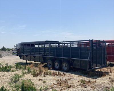 *In-Stock* 32' Half Top (Cowboy) Calico Livestock Trailer