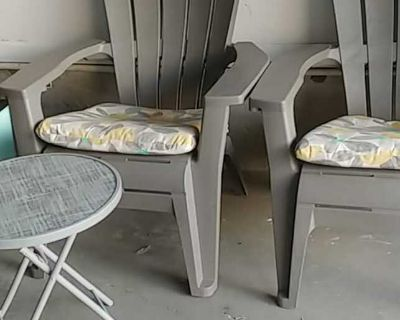 Patio set two chairs with cushions table $50 set cash/Suwan4 pick up