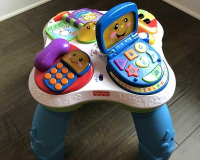 Fisher Price Fun with Friends Musical Table
