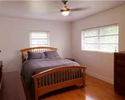 Room for RENT-Across from UM$1,250 ALL INCLUSIVE