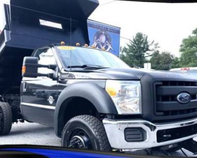 2014 Ford Super Duty F-550 Chassis Cab XL