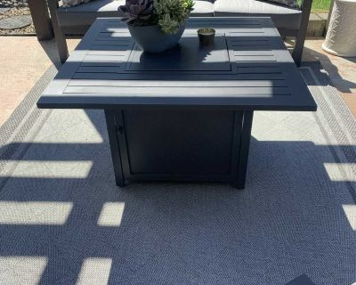 NEW patio set with propane fire table - FIRM price