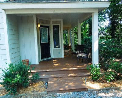 Contemporary Townhome on Secluded, Wooded Lot in Central Asheville - Five Points