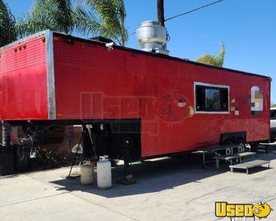 Refurbished 1976 Gooseneck Kitchen Trailer with 1995 Ford Super Duty Truck
