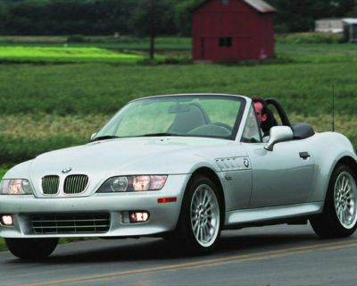 Pre-Owned 2001 BMW Z3 3.0i RWD 2D Convertible