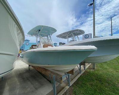 2022 Pioneer 202 Islander