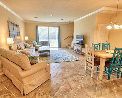 Townhome Located In The Gated Community of Townhomes at Marbella on Cypress - Fort Myers