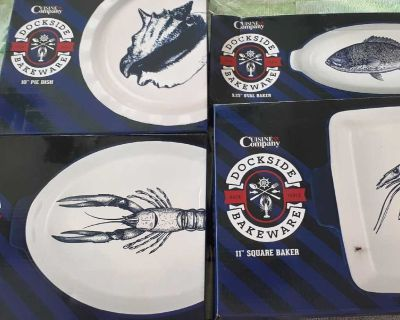 New cobalt blue seafood themed bakeware dishes $25 for all 4!