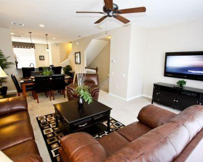 Contemporary 3 Bed 3.5 Bath Townhome - Near Walt Disney World W/ great amenities - Orlando
