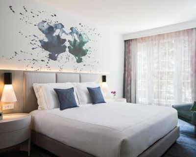 2-Bedroom Suite at Kimpton Lorien Hotel and Spa by Suiteness - Old Town Alexandria