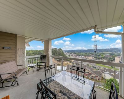 Bird's Eye View Whispering Pines 252, 2BR, Lazy River, 2 Pools, Wi-Fi, Gym, Slee - Pigeon Forge
