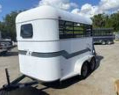 2002 Trailers USA 2H Straight 2 horses