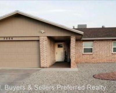 3206 Thunder Rd, Alamogordo, NM 88310 3 Bedroom House