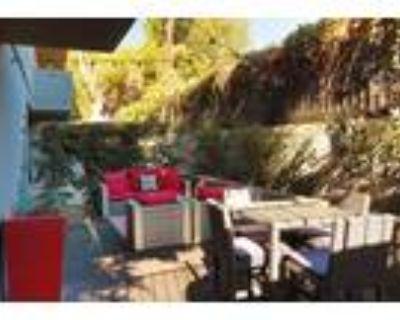 The Retreat Apartments - 2 Bedroom + 2 Bath A