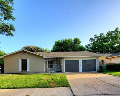 4865 Beechaven Street, Houston, TX 77053