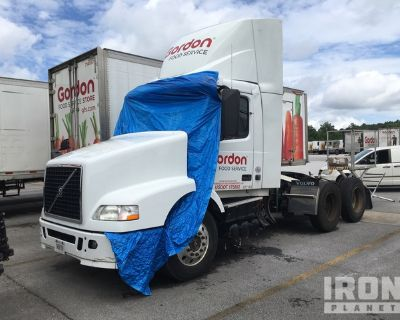 2018 Volvo VNL 6x4 T/A Day Cab Truck Tractor